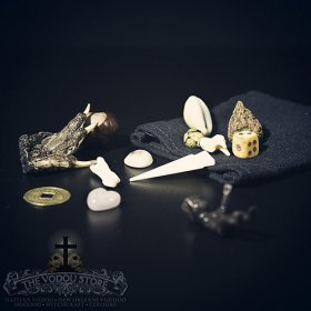 Bone & Curio Divination Set